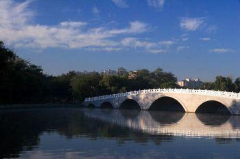 娶東北瀋陽新娘遊瀋陽北陵公園